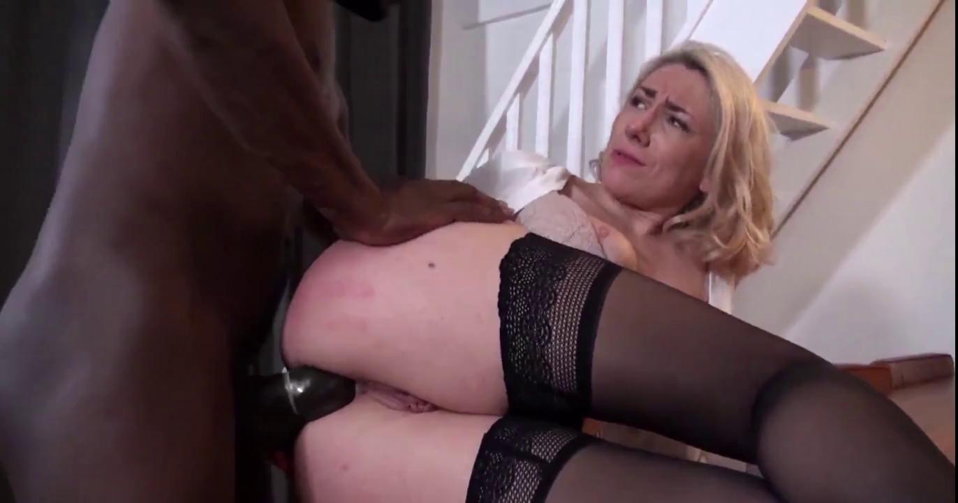 Mature Big Tits Outdoor